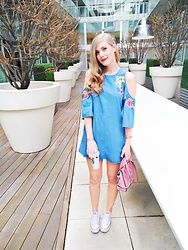 Sydney Hoffman - Zara Denim Dress, Converse Sneakers, Celine Pink Bag - Cold Shoulder