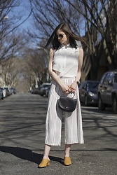 Sami Mauskopf - Design History Crisp White Shirt, Topshop Striped Culottes, Oak + Fort Camel Mules, The Frankie Shop Ring Handle Croc Bag - They Say It's Spring