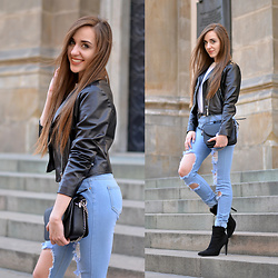 Anita Balakowicz -  - LEATHER JACKET