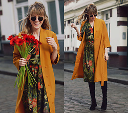 Vicky W - Giant Vintage Coat, Vintage Dress, Asos Glasses, Mango Overknee Boots - Spring Feeling