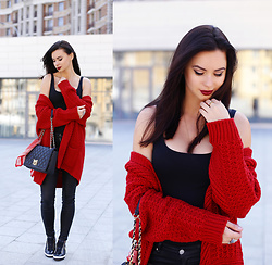 Anna Mour ♥ -  - Red Oversized Cardigan