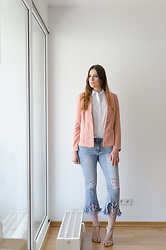 Andrea Funk / andysparkles.de - Sassyclassy Jeans - Destroyed Jeans and Heels