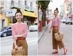 Qianwen Chen - Cult Gaia Bamboo Ark Bag, Madewell Crop Wide Leg Pants - Lucky Red