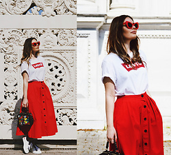 Kseniya Celikdelen - Skirt, Derimod Bag, Levi's® Top - Red Passion