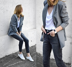 Katarina Vidd - Grey Blazer, All Items On My Blog - The Katiquette.