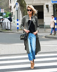 Gitta Banko - Karl Lagerfeld Bag, Mango Jeans, Zara Coat - On the road