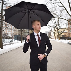 Piotr Ryterski - Bows N Ties Tie, Zara Blazer - Under the umbrella