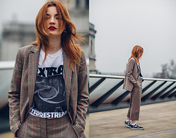 Hannah Louise - Mango Checked Suit, Ashley Williams T Shirt, Vans Old Skools - Checked Suit