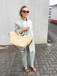 Anna Borisovna - Mango Blazer, Mango Bag, Mango Pants, Massimo Dutti Shoes, Mango Sunglasses - Mango Committed