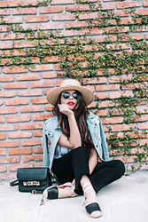 Daniela Ramirez - Straw Boater Hate, Forever 21 Denim Jacket, Proenza Schouler Bag, Who What Wear Jeans, Dsw Espadrilles - Espadrilles and denim