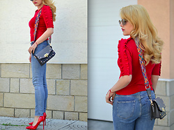 Martina Manolcheva - Zara Top, H&M Jeans, Bag, Shoes, Sunglasses - Code red