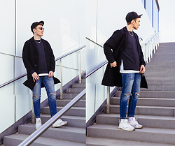 Andreas Sundbom - New Era Cap, Cheap Monday Chain, Cos Oversized Coat, Adidas Sweatshirt, Zara Blue Jeans, Nike Sneakers - The last of April
