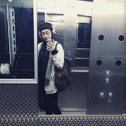 HNYMLK . - Oversized White Hoody, Canvas Backpack, Grey Pashmina Scarf - Somebody