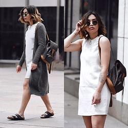 Elizabeth Strecher - Alexander Wang Dress, Asos Cardigan, Birkenstock Shoes - Casual days