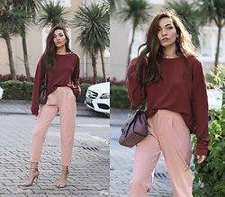 Melike Gül - Windsor Sweatshirt, Romwe Trousers, Jollychic Bag, Missguided Heels - Ultimate Pink