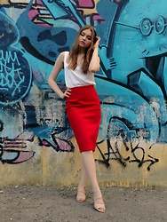 Dasha - Эконика Sandals, Hand Made Red Skirt, Hand Made Silk Top - Summer again! #tryingtobeinstafamous