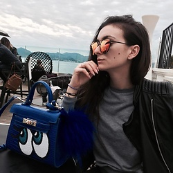 Camille MARI - Aliexpress Mirror Sunglasses, Zara Leather Jacket, Play No More Bag - Hide Those Eyes