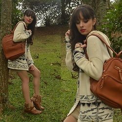 Diana Schneider - Davinci Backpack, Bebecê Faux Fur Boots - Take a Walk