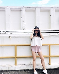 Beverly Tan - Runwaybandits Tube Top, Brandy Melville Usa Baby Pink Shorts, Bata White Sneakers - Must be the summertime
