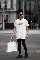 Austin Levine - Givenchy Shirt - Givenchy | Instagram: @officialtinno