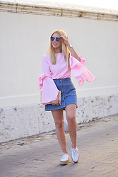 Martha Lozano - Abbacino Sunnies, Chic Wish Blouse, Buylevard Skirt, Superga Sneakers - No me vendas la moto
