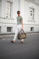 Georg Mallner - Zara Tshirt, H&M Pants, Asos Bag, Birkenstock Shoes, Zerouv Glasses - May 10, 2017