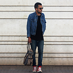 Mohamed Samaras - Levi's® Jacket, Levi's® Denim, H&M Sweatshirt, Ray Ban Clubmaster - Everything you want is on the other side of your fear
