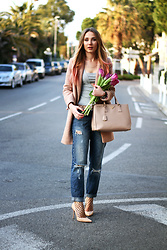 Anna Gotsyk - Prada Bag, Kazar Shoes, Calzedonia Tights, Zara Boyfriend Jeans, Nakd Fashion Top, Oasis Coat - Spring Mood: Fishnet and Flowers