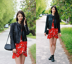 Nora Aradi - Mango Jacket, Dress, H&M Bag, Choies Boots - Floral