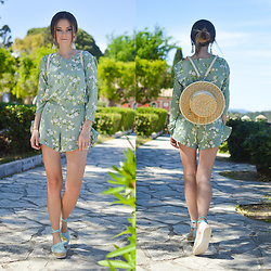 Tamara Bellis - Rosegal Floral Playsuit, Gamiss Hat Bag, Asos Sandals, Zaful Earrings - Botanic Garden of Corfu Town