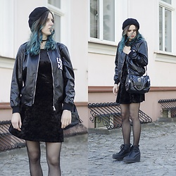 Ola Brzeska - H&M Velvet Dress, Carrefour Beret, Zaful Jacket, Zaful Choker, Skull Bag, Altercore Boots - Casual