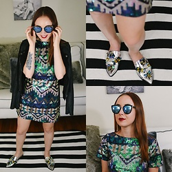Cadyn Scott - Rare Geo Tribal Mini Dress, Asos Millisect Metallic Mules, Quay Cat Eye Reflector Sunglasses, Paige Denim Leather & Suede Jacket - Space Cowgirl