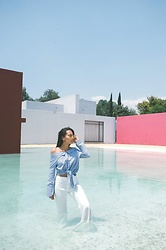Alexandra Lord - South Moon Under Off The Shoulder Top, Revolve Pleated Pants, Sonix Aviators - MEXICO CITY