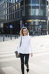 Olga Oktawia - Cos Shirt, Lee Jeans, Dkny Bag, Zara Shoes - White shirt