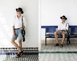 Patrick Pankalla - Matinique White Shirt, H&M Fedora Hat, Balenciaga Silk Scarf, Levi's® Vintage Shorts, Louis Vuitton Leather Belt - Bahia Palace, Morocco