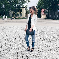 Kate Kamsa - Zara White Blazer, Zara Ripped Jeans, Next Black Clutch Bag - Soon to go back home