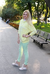 Diana Malli ஐ - Seppala Jeans, Bershka Sneakers - Spring pastel colors