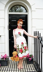 Roberta D. - Kate Spade Wicker Monkey Bag, Beyond Retro 1950´S Dress, Kate Spade Earrings - Hazey Jane II