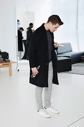 Kevin Elezaj - Adidas Sneakers, Zara Suit Pants, Urban Outfitters Coat, Fred Perry Turtleneck - Casual day time