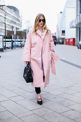 MOD - by Monique - Edited The Label Trenchcoat - Pink and bows