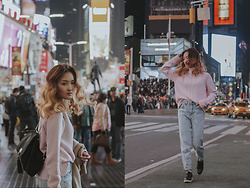 Pxkin - Calvin Klein Pink Knit Sweater, Forever 21 High Waist Jeans, Cote A Oxford Shoes, Tommy Hilfiger Black Backpack - Times Square, NYC