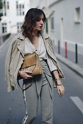 Laugh of Artist - Samsoe Perfecto Daim, Yayou Pants, Cos Blouse, Chloé Bag - Perfecto & taille haute