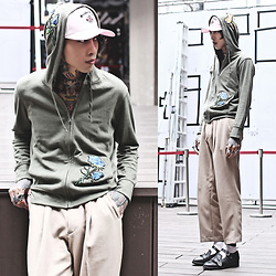 IVAN Chang - Uniqlo Diy Outewear, Tastemaker 達新美 Cap, Tastemaker 達新美 Pants - 240517 TODAY STYLE