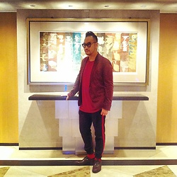 Mannix Lo - Zara Pattern Blazer, Cotton On Tee, Zara Sideline Pants, Vintage Leather Shoes - Bday look for my Honi