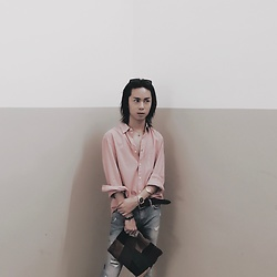 Sean Sadie Tham - H&M Nude Pink Shirt, Asos Suede Patchwork Clutch, Zara Cigarette Jeans - Embracing the heat
