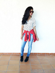 Siça Ramos - Tosave Sunglasses, Sammydress Boots, Romwe Blouse - Jacket tied at waist