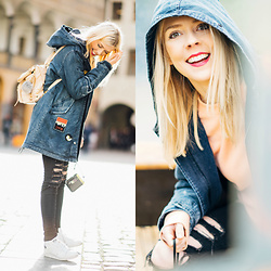 Zuzana - Boohoo Denim Patch Parka, J Brand Black Distressed Jeans, H&M Orange Sweatshirt, Adidas White Sneakers Stan Smith, Botkier Warren Backpack - Tourist in Prague