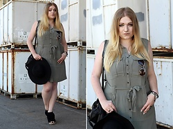 Anni Wasserstoffperoxid - About You Sunglasses, H&M Dress Olive, Deichmann Wedges, Primark Hat, Rosegal Studded Bag - 27-05-2017