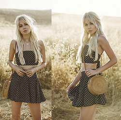 Sarah Loven - Flair The Label Polka Dot Two Piece Set, Call Me The Breeze Purse, Five & Two Gold Neclace - Lolita