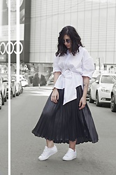 Ellone Andreea - Zara Over Sized Shirt, H&M Pleated Skirt, Adidas Sneakers - Pleats